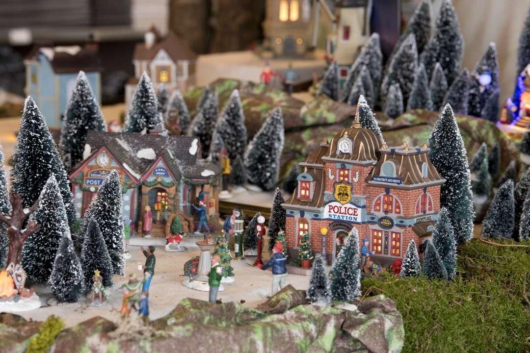 Kersthuisjes van Lemax koopt u natuurlijk bij tuincentrum TuinWereld